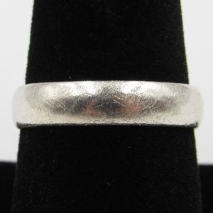 Vintage Size 8.75 Sterling Simple Style Band Ring
